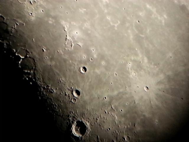 Mond 3